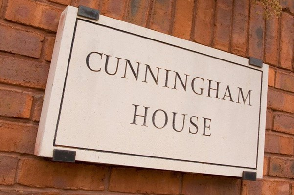 House sign of Cunningham House