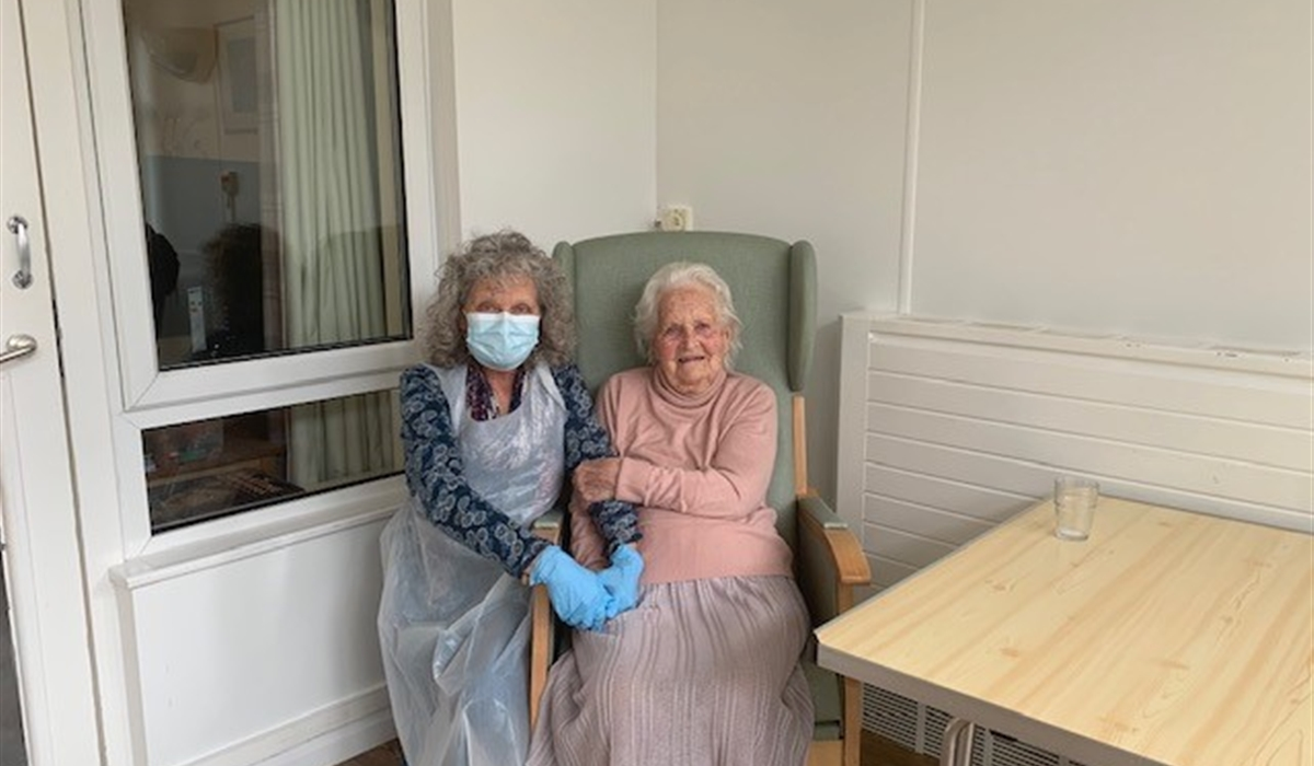 Families reunite as doors to care homes reopen