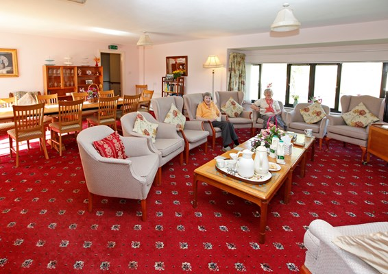 Enjoy companionship with fellow residents in the lounge