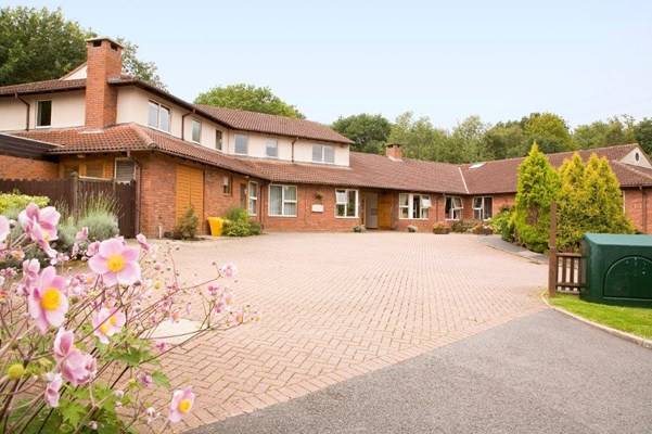 Welcome to Cunningham House, dementia friendly care home